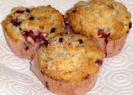 Buttermilk_Berry_Muffins