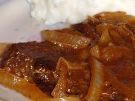 Skillet_Steak_Onion_Gravy